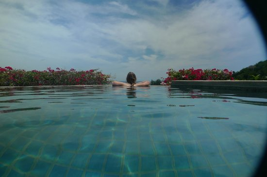Pacific Club Resort: Rooftop pool