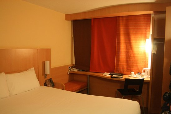 Hayes, UK: Ibis room