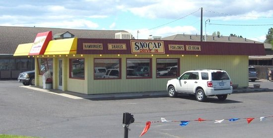 Sno-Cap Drive In - Redmond, Oregon