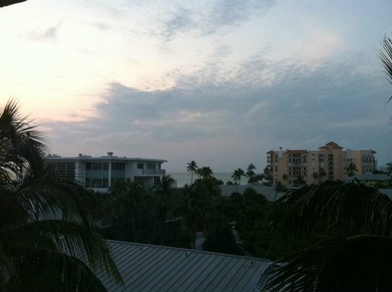 The Naples Beach Hotel & Golf Club: View from our balcony...dreamy