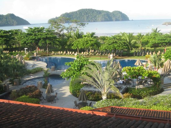 Los Suenos Marriott Ocean & Golf Resort: Photo was taken from the 3rd floor 'princess balcony' before being moved to a FULL balcony room