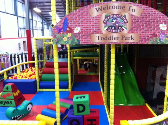 Redditch, UK: Imagination Street Toddler Area