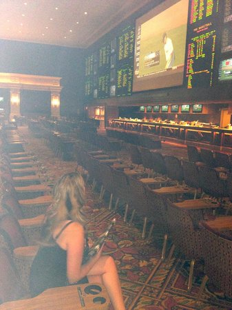 THEhotel at Mandalay Bay: Sports Betting