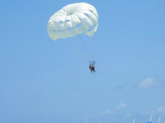 Barcelo Bavaro Beach: Parasailing 70 tandem, at end of beach where it turns to the market.