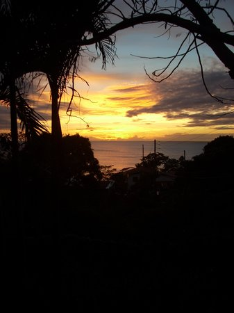 Caribbean Cottage Club: Sunset from the cottage