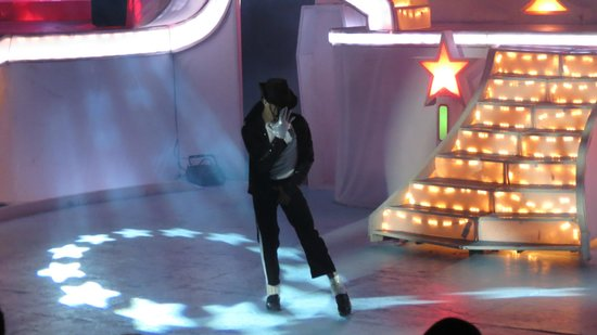 Lifestyle Tropical Beach Resort & Spa: Michael Jackson Tribute Concert