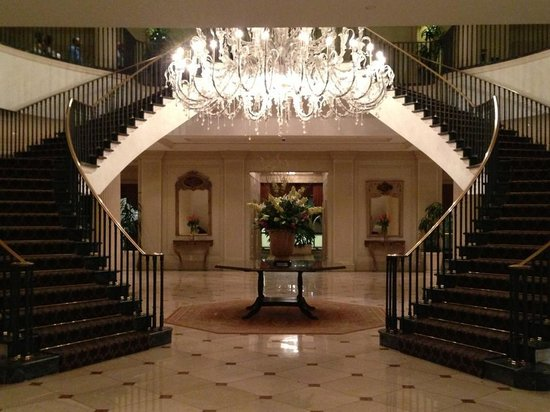 Charleston Place by Orient-Express: Entrance