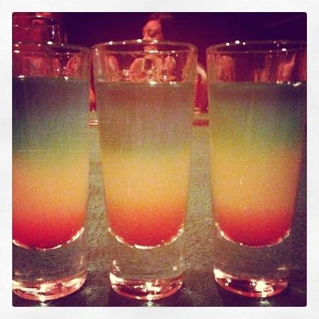 Crown Paradise Club Cancun: shots in trafalgers!