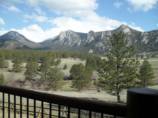 Black Canyon Inn: View from porch