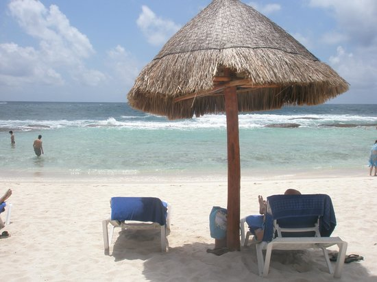 Grand Bahia Principe Coba: Akumal beach (quieter than Coba beach but rockier)