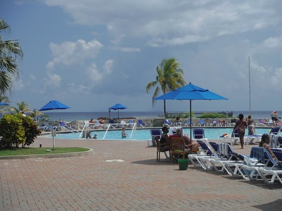 Holiday Inn SunSpree Resort Montego Bay: pool