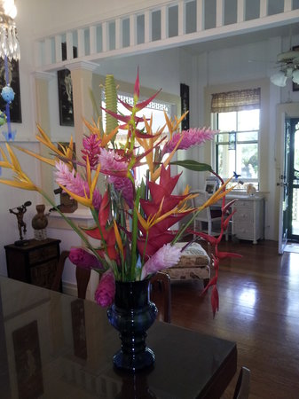 Haiku Plantation Inn: Maui Bed and Breakfast: Tropical Flowers, orders available prior to arrival