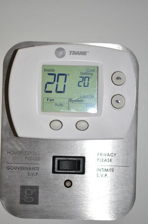 Hotel Le Germain Calgary: Thermostat