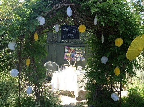 Lavender Inn: wedding