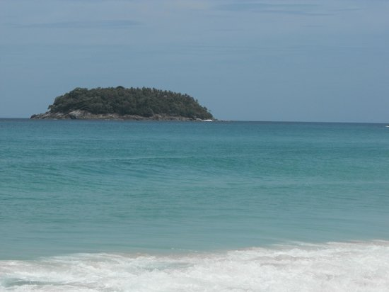 Katathani Phuket Beach Resort: Pu Island from Kata noi beach