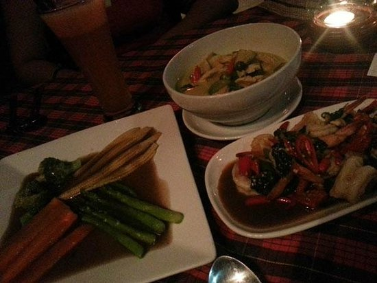 Chaweng Villa Beach Resort: Thai food