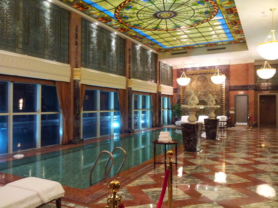 Nantong, จีน: Luxury stylish swimming pool