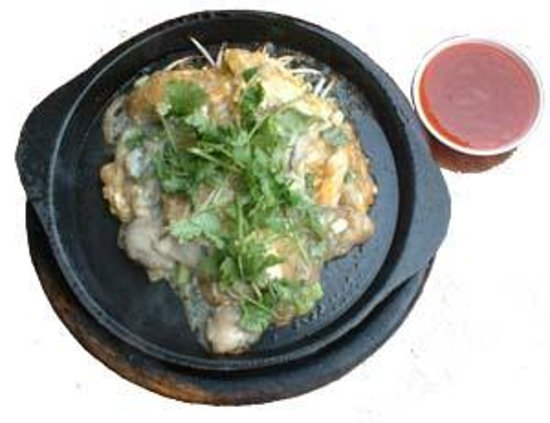 Pak Nam, Thailand: Stir-fried Oyster in hot pan