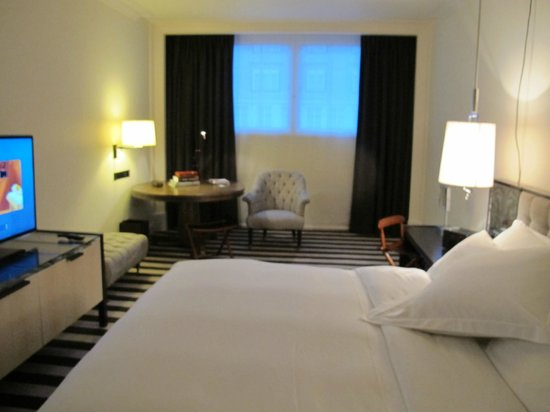Chancery Court Hotel, London : Room