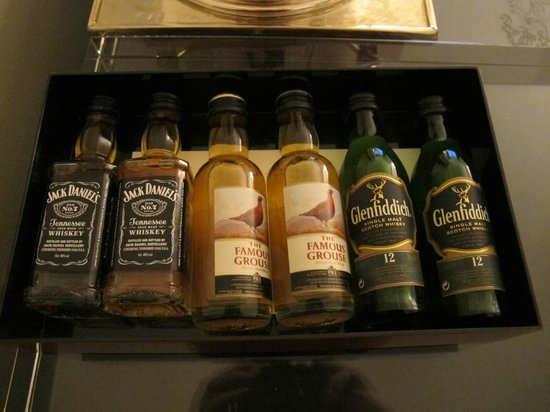 Chancery Court Hotel, London : Minibar