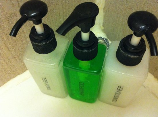 Andaman Cannacia Resort: Toiletries