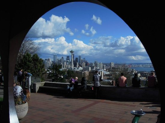 The Sculpture At Kerry Park Picture Of Kerry Park