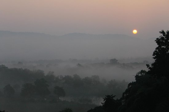 Anantara Golden Triangle Elephant Camp & Resort: Sun Rise