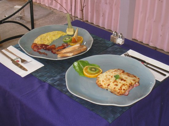 The Valley, Anguilla: Omelet and Croque Monsieur