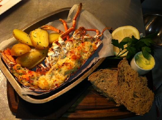Truro, UK: lobster thermidor, cornish new potatoes & salad