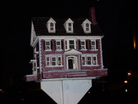 Wilmington, DE: #1 Thomas F. Burke Summer 2013 Birdhouse Art Exhibit