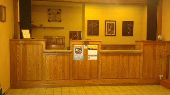 Oak Ridge Lodge: Front Desk