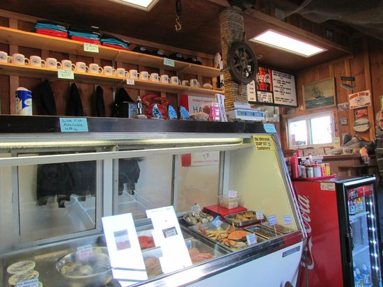 ‪‪Coos Bay‬, ‪Oregon‬: Front Counter‬