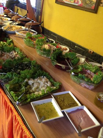 Chivay, Peru: Cold veg, salads and trout ceviche (!)