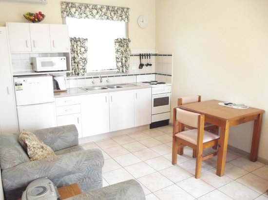 Lakes Entrance, Australie : longe/dining/kitchen unit 2