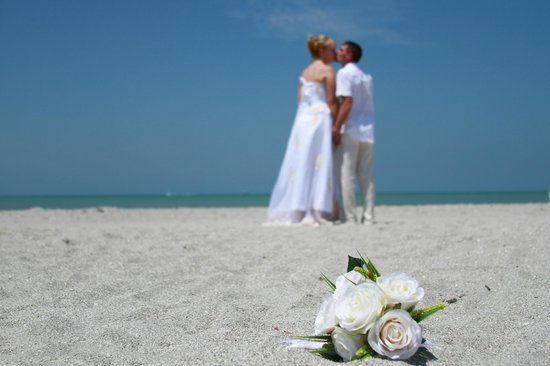 Tween Waters Inn Island Resort & Spa: Dream wedding