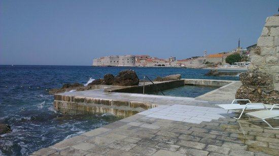 Hotel Excelsior Dubrovnik: The outdoor sea pool