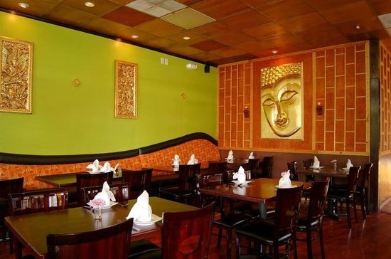 10 best restaurants near orange county convention center for At siam thai cuisine orlando