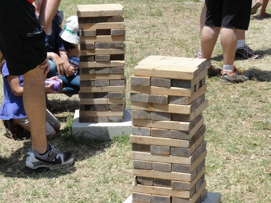 Brooksville, FL: BIG JENGA GAME