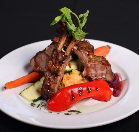 Vernon, Kanada: Moroccan Rack of Lamb