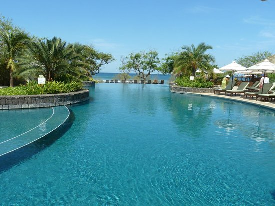 La Posada at Hacienda Pinilla: Infinity Pool at Beach Club