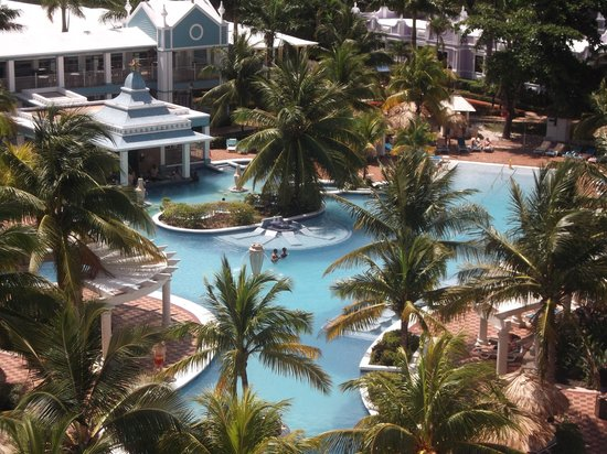 ClubHotel Riu Ocho Rios: Pool View From Standard Room