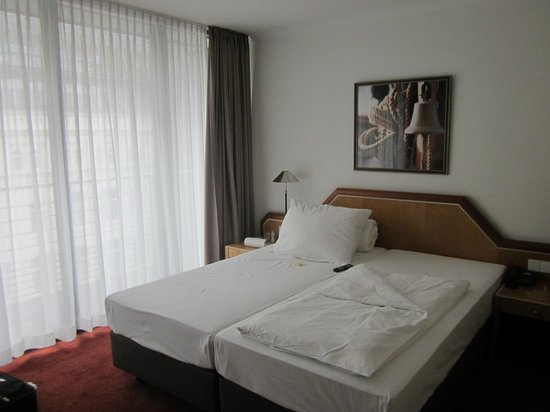 Hotel Hafen Hamburg: My room