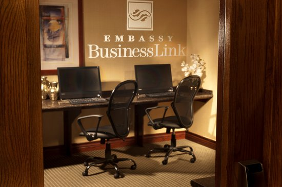 Embassy Suites Lubbock: Business Center
