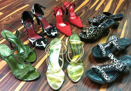 Palm Harbor, FL: Designer shoes at realistic prices