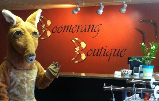 Palm Harbor, FL: Boomer welcomes you to Boomerang Boutique!