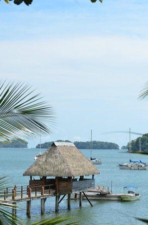Boca Chica, Panama: Over-the-water Tiki Bar