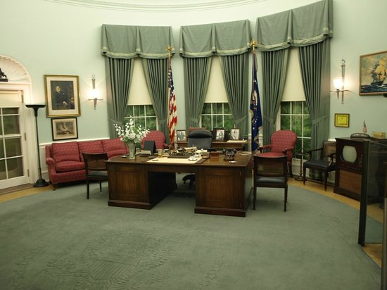Independence, MO : Oval Office Replica