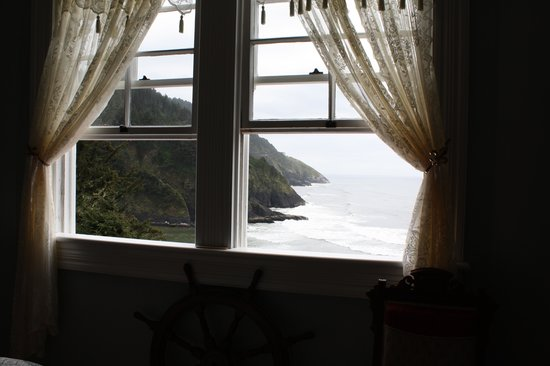 Heceta Head Lighthouse Bed and Breakfast: View from Mariner II