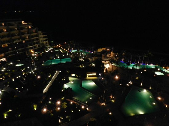 Now Amber Resort & Spa: Night shot