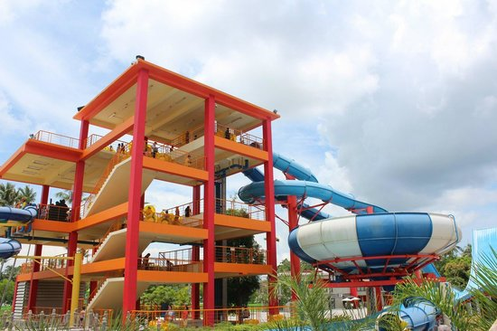 Thalang District, Tayland: The main slides - Boomerang & Superbowl